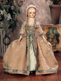 beautiful wooden colonial doll 1700s