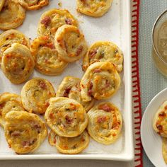 Sage & Prosciutto Pinwheels Recipe - I especially like this recipe because they can be made ahead of time, freeze them, and then slice and bake when needed. Thanksgiving Appetizers, Christmas Appetizers, Thanksgiving Recipes, Thanksgiving Holiday, Sandwiches, Easy Party Food, Party Snacks, Boat Snacks, Parties Food