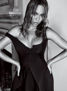 Beyoncé + robe Stella McCartney = le bon mix (Vogue US)