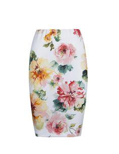 Falda tubo de flores de Suiteblanco, 17,99 €.