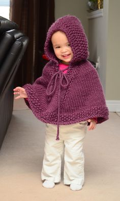 crochet poncho kids This Knitted Hooded Baby Poncho Pattern is free and super cute. It's an easy pattern and would make a great gift and comes in sizes 3 months to 3 years. Crochet Baby Poncho, Crochet Toddler, Knitted Poncho, Crochet Lace, Toddler Poncho, Girls Poncho, Poncho Knitting Patterns, Knitting For Kids, Free Knitting