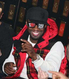 50Cent , Famous Rap Singer Rap Singers, Rap Music, Music Lovers, Baseball Hats, Sunglasses, Celebrities, Prints, How To Wear, Men