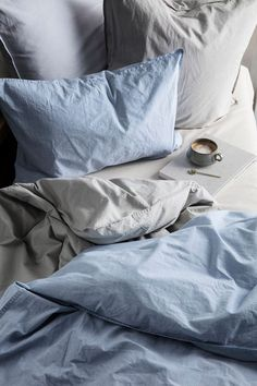 Bed linen brands to check out if you want to create a calm, restful and cozy bedroom with the perfect hygge feeling Cozy Bedroom, Bedroom Inspo, Bedroom Decor, Bedroom Bed, Bedroom Inspiration, Design Bedroom, My New Room, My Room, Pantone