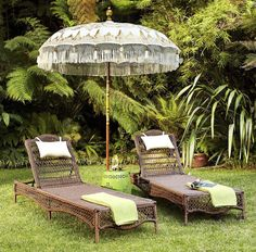 Our impressively beautiful Balinese Umbrella is a unique work of art