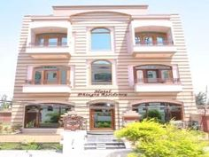 Amritsar Hotel Dhingra Residency India, Asia Set in a prime location of Amritsar, Hotel Dhingra Residency puts everything the city has to offer just outside your doorstep. The property features a wide range of facilities to make your stay a pleasant experience. Service-minded staff will welcome and guide you at the Hotel Dhingra Residency. Designed for comfort, selected guestrooms offer television LCD/plasma screen, internet access – wireless, air conditioning, desk, telephone...