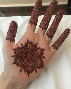 Stain @ day 2. Courtesy of @melissa.taaliah ------------------------------------------------- Currently selling cones at an introductory price of $2.50 per cone (Minimum of 4 cones per order) #heavenlyhennacones #nofilter #henna #heavenlyhenna #hennaart #mehendhiart #mendhiart #instahenna #weddinghenna #wedding #mehendi #mehndi #singapore #hennaartist #mendhiartist #instahenna #weddinghenna #bridalhenna #weddingsg #wedding #shaadi #desi #love #singaporeweddings #hudabeauty #hennainspire…