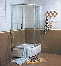 Corner Tempered Glass Shower Enclosure with Bathtub