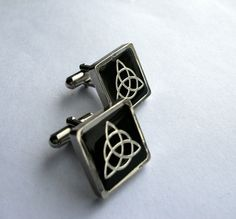 Celtic knot cuff links triquetra mens Scottish by TweedwithaTwist
