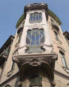 Art Nouveau facade Pietro Fenoglio Italia 224573_429438577114348_438491652_n.jpg (375×470)