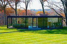 Glass house (1949).  Philip Jhonson - Architect   #Arquitectura #Architecture  #JuevesDeArquitectura