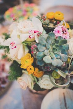 pretty flowers made with succulents