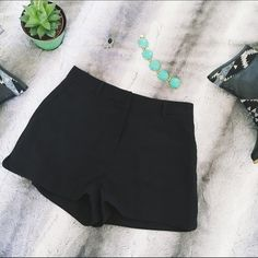 Forever 21 Shorts These adorable black shorts from forever are the perfect addition to any cute outfit. They can be worn casually or dressed up!  these are brand new without tags (and I've never worn them!) perfect for a size 26-27 jeans. Forever 21 Shorts