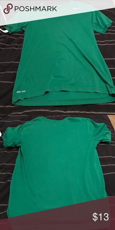 Nike Green Short Sleeve Dri-Fit New condition Nike dri-fit Nike Shirts Tees - Short Sleeve