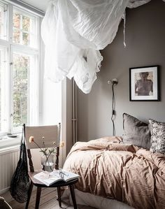 Home with dusty blue and beige walls - via Coco Lapine Design blo Beige Walls Bedroom, Cozy Bedroom, Bedroom Wall, Bedroom Decor, Design Bedroom, Blue Bedrooms, Master Bedroom, Small Room Design, Cozy House