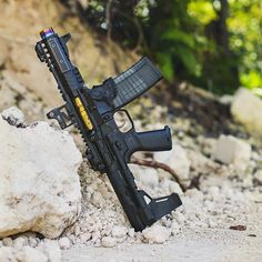 Want to load your magazines faster and easier without wearing out your thumbs? RAE Industries is your HERO! Get yours now and experience loading magazines without pain. Military Weapons, Weapons Guns, Guns And Ammo, Ar Pistol Build, Ar15 Pistol, Revolver, Custom Ar15, Custom Guns, Protection Rapprochée