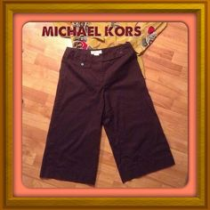 """FLASH SALESZ 8 MICHAEL KORS  WIDE LEG CROP PANTS WIDE LEG BROWN MICHAEL KORS 100% COTTON CROP DRESS PANTS. IN EXCELLENT CONDITION! 9.5"""" rise, about a 20"""" inseam. Waist flat almost 16"""", hips about 18.75"""" Michael Kors Pants Ankle & Cropped"""