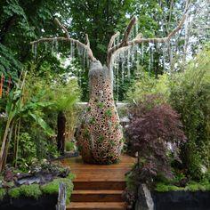 Design végétal de l'Arbre Baobab réalisé en bambou par Jardins de Babylone http://jardinsdebabylone.fr/showroom/
