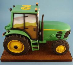 Can makle the yellow into pink for a girl Tractor Birthday Cakes, Tractor Cakes, Bulldozer Cake, Beetroot Chocolate Cake, Camouflage Cake, Rodjendanske Torte, John Deere Party, Farm Cake, Cupcake Icing
