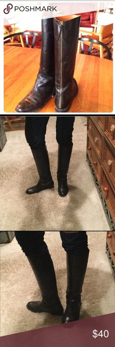 Boots. Leather knee high boots in black. Back zip Black leather with back zipper in good 😊 condition. I would rate a 8 out of 10.  Very thick leather, not this layover soft thin seconds type leather. Years of wear left. Shoes Heeled Boots