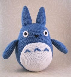 Blue Totoro Amigurumi and other crocheted toys for babies - all free patterns! On mooglyblog.com