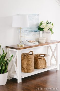 There are so many great decorative wicker storage basket out there that complement coastal style interiors perfectly. Shop the look of these coastal interior rooms that use rustic wicker baskets as stylish storage solution. Featured on Completely Coastal. Coastal Living Rooms, Living Room Decor, Coastal Homes, Coastal Bedrooms, Dining Room, Decorative Storage, Home And Deco, Beach House Decor, Summer House Decor