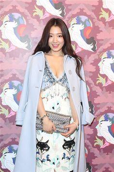 Park Shin Hye attends miu miu event at Hong Kong Park Shin Hye, Korean Women, Korean Girl, Asian Girl, Korean Star, Child Actresses, Korean Actresses, Gwangju, Korean Beauty