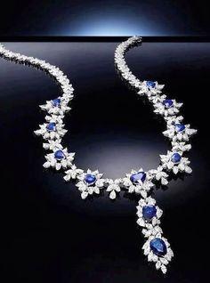 chasingrainbowsforever:  Sapphire Necklace  ♥