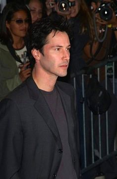 """Keanu 💞❤️💞💋 MY. LOVE, my soulmate, & heart. """"Perhaps the very fabric of you is so very familiar, that we are woven from the same thread"""". I want the last thing I hear to be you whispering my name. Keanu Reeves Images, Keanu Reeves Life, Keanu Reeves Young, Keanu Reeves John Wick, Keanu Charles Reeves, Popular People, Famous People, Film Man, Keanu Reaves"""