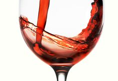 Not only is a glass of red wine good for your health, but apparently it's good for your skin as well. Check out this Red Wine Facial Mask recipe from Beauty Secrets Revealed. Beauty Care, Diy Beauty, Beauty Skin, Beauty Secrets, Beauty Tips, Beauty Tutorials, Homemade Beauty Recipes, Avocado Face Mask, Aloe Vera Face Mask
