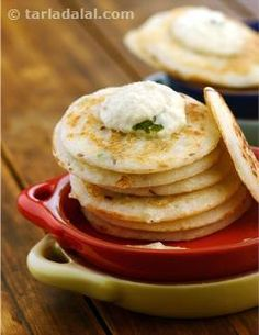 Mini Rava Uttapa. Perfect as a snack, breakfast or party food too, these uttapa are made using a batter of rava, maida and curds jazzed up with cumin seeds, chillies and coconut.
