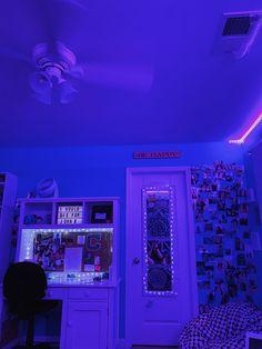 Neon Bedroom, Cute Bedroom Decor, Bedroom Decor For Teen Girls, Room Design Bedroom, Girl Bedroom Designs, Teen Room Decor, Room Ideas Bedroom, Dream Teen Bedrooms, Pinterest Room Decor