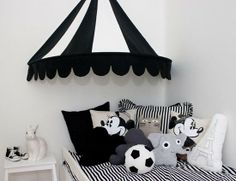 Terkkuja Aulille! :D  mommo design: OVER BED......Circus tent