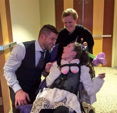 tim tebow special needs prom