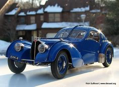 1937 Bugatti 57 SC Atlantic Diecast Scale Model by CMC