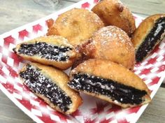 Deep Fried Oreos Recipe - The best! Fried Oreos Recipe, Deep Fried Oreos, Fries Recipe, Köstliche Desserts, Delicious Desserts, Dessert Recipes, Yummy Food, I Love Food, The Best