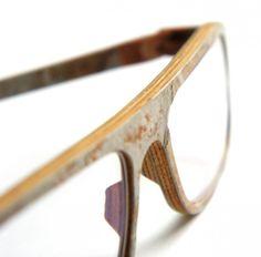 Gafas hechas de piedra