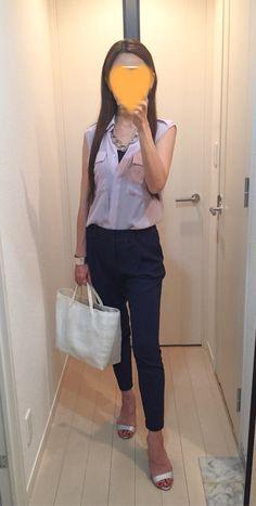 Silk shirt: Ballsey, Jogger pants: Des Pres, Bag: no brand, Sandals: Manolo Blahnik
