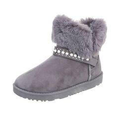 Cizme sic, tip Ugg, cu talpa joasa si baretuta decorata cu margelute. Captusite cu blanita calduroasa, perfecte entru zilele reci de toamna si iarna, le poti purta cu jeansi, rochii tricotate, colanti. Ugg Boots, Uggs, Slippers, Shoes, Fashion, Moda, Zapatos, Shoes Outlet, Fashion Styles