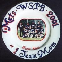 """10"""" round plate. Don`t forget the team mom who made the season so great! Provide team name, league name, year and team photo."""