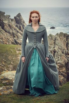 Demelza Poldark (Eleanor Tomlinson) on a Cornish clifftop Demelza Poldark, Ross Poldark, Poldark 2015, Poldark Series, Bbc Poldark, 18th Century Dress, 18th Century Fashion, Jane Austen Mansfield Park, My Fair Lady