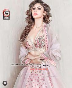 New Girl Pic, Cute Girl Pic, Cute Girls, Alia Bhatt Cute, Sweet Pic, Girls Dpz, Stylish Girl, Beautiful, Dresses