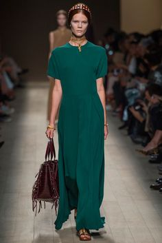 Valentino Spring 2014 Ready-to-Wear Fashion Show - Irina Kravchenko (Women)