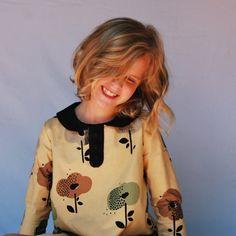 Girls floral dress  Peter pan collar dress  2 by SchoolHouseFrock
