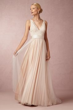 Had to put in another entry for the Tamsin gown from @BHLDN! It's the perfect balance between elegant and effortless and I would love to wear it for my wedding day! #BHLDNwishes