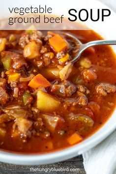 Easy hamburger soup for a hearty weeknight comfort food dinner, ground beef soup loaded with vegetables in a savory broth of beef stock, tomatoes and red wine. Hearty homemade soup with ground beef and lots of veggies in a savory tomato red wine broth. Beef Soup Recipes, Healthy Recipes, Ground Beef Recipes, Cooking Recipes, Dinner Recipes, Onion Recipes, Healthy Soup, Dinner Ideas, Breakfast Recipes