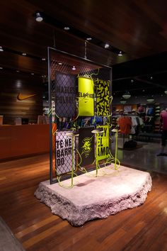 Project for nike environmental/installs in 2019 store design, nike retail, display Shoe Display, Display Design, Booth Design, Retail Store Design, Retail Shop, Nike Retail, Showroom, Retail Interior, Shop Window Displays