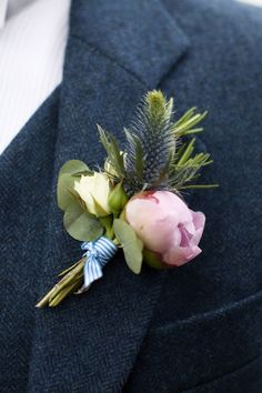 Buttonhole by I Heart Flowers, photo by Lillian and Leonard.