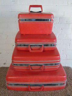 Vintage Samsonite Royal Traveller Medalist Luggage Set | red ...