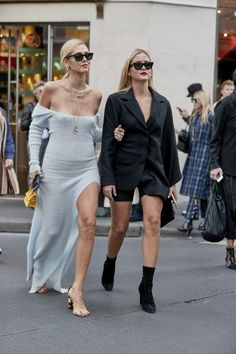 Paris Street Style Is The Best Outfit Inspiration You'll See All Year The Best Street Style From Paris Fashion Week Spring Best Street Style From Paris Fashion Week Spring 2019 Fashion Week Paris, Winter Fashion, Daily Fashion, Trendy Fashion, Girl Fashion, Fashion Trends, Edgy Outfits, Fashion Outfits, Black Women Fashion