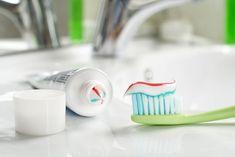 moldy toothbrush Pin Back Bangs, Dental, Reducing High Blood Pressure, Talc, Natural Yogurt, Bad Breath, Teeth Cleaning, How To Increase Energy, Herbal Remedies